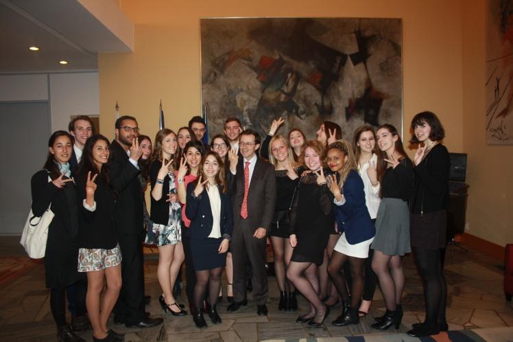 L'équipe Aix ONU a été reçue par l'ambassadeur de France en Corée du Sud Jérôme Pasquier